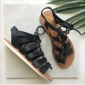 Daisy Fuentes Black and brown Sandals